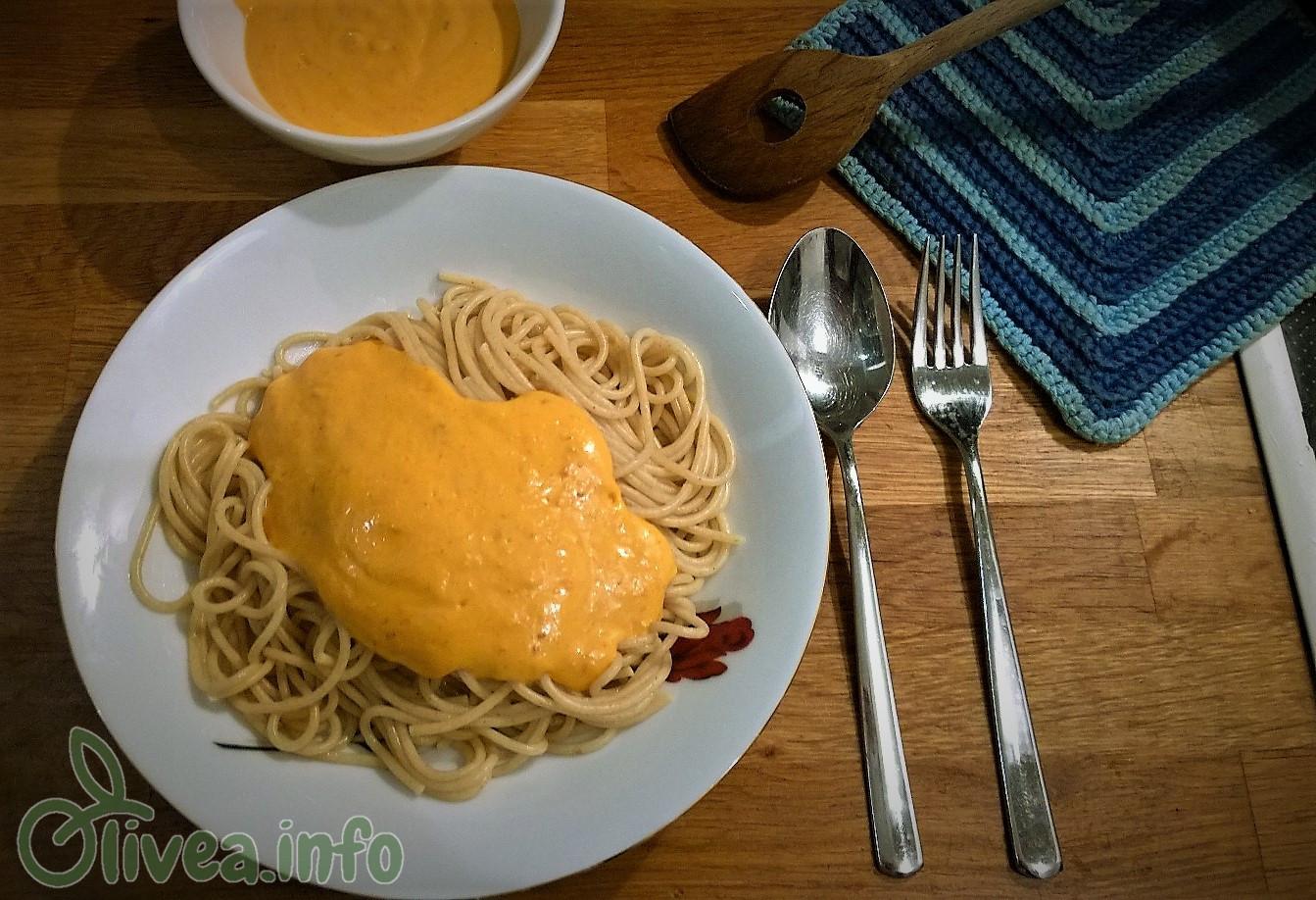 Paprika-Creme-Sauce gekocht Olivea